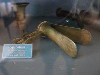 speculum-gynecology-historical-medicine